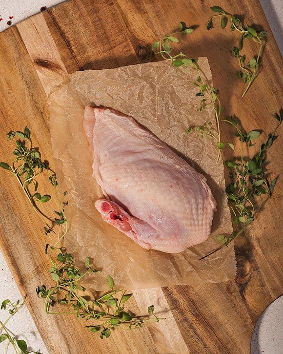Kycklingbröst supreme, med vingben och skinn